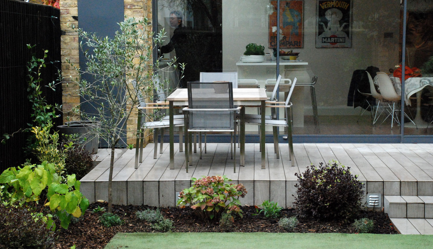 Courtyard garden for a London town house