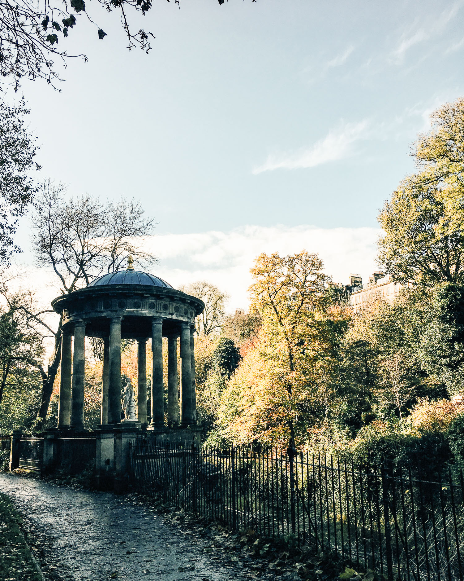 St Bernard's Well, Stockbridge