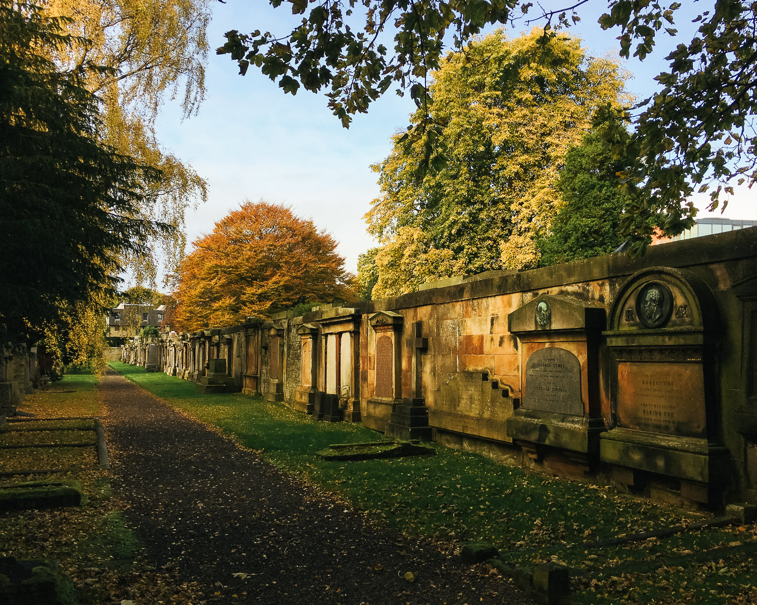 Dean cemetry, Edinburgh, in Autumn