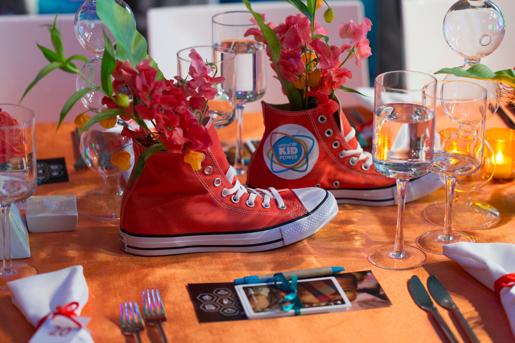 Inventive centerpieces by Rafanelli Events at the 2016 UNICEF Children's Champion Award Dinner.  ©Michael Blanchard Photography