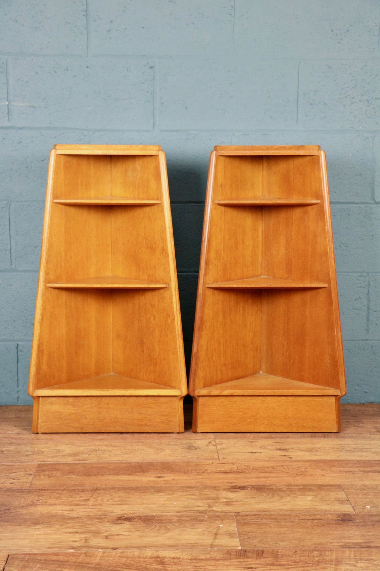 - Beautiful Heals corner shelves. They've made the most perfect birthday surprise.Robert and Nicola, Gloucestershire