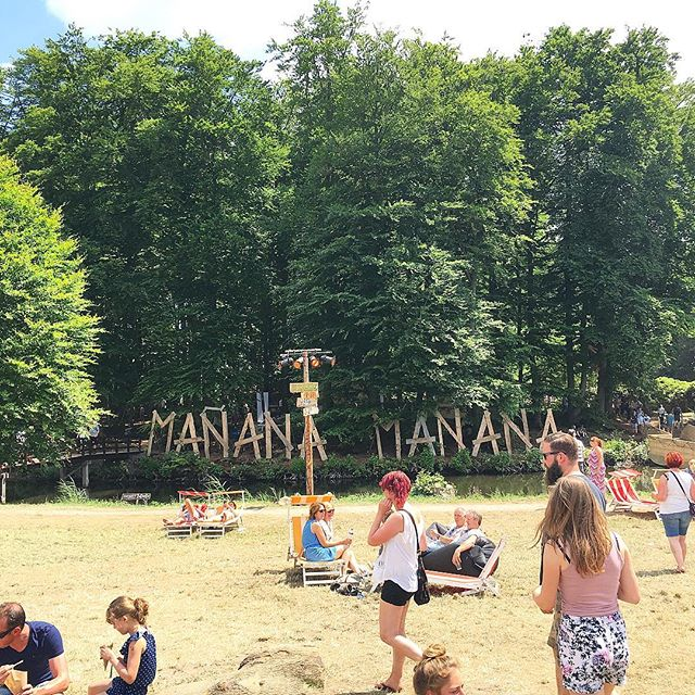 Where we at? Mañana Mañana babies. Want to feel us? 16 o'clock at Het Tuinhuis! #mananamanana #gigweekend #eprelease #blackmango #festival #summer #herewego @mananafestival