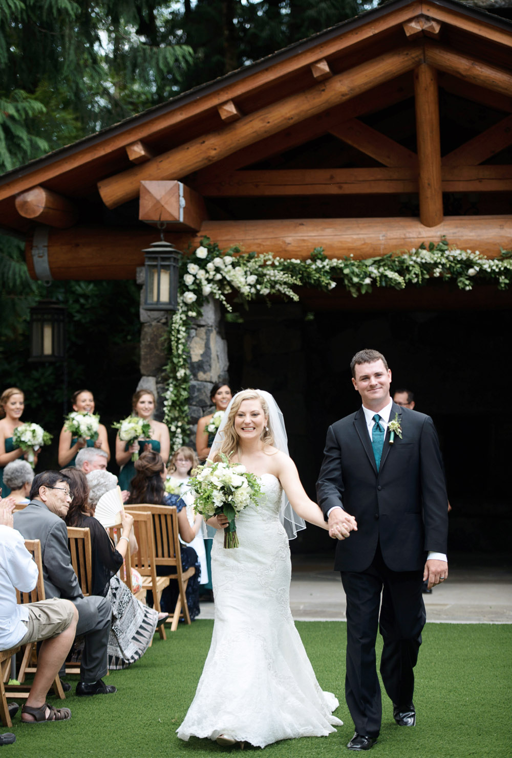 Bridalbliss.com | Washington Wedding| Seattle Event Planning and Design | Deyla Huss Photography | Bella Bloom Florals