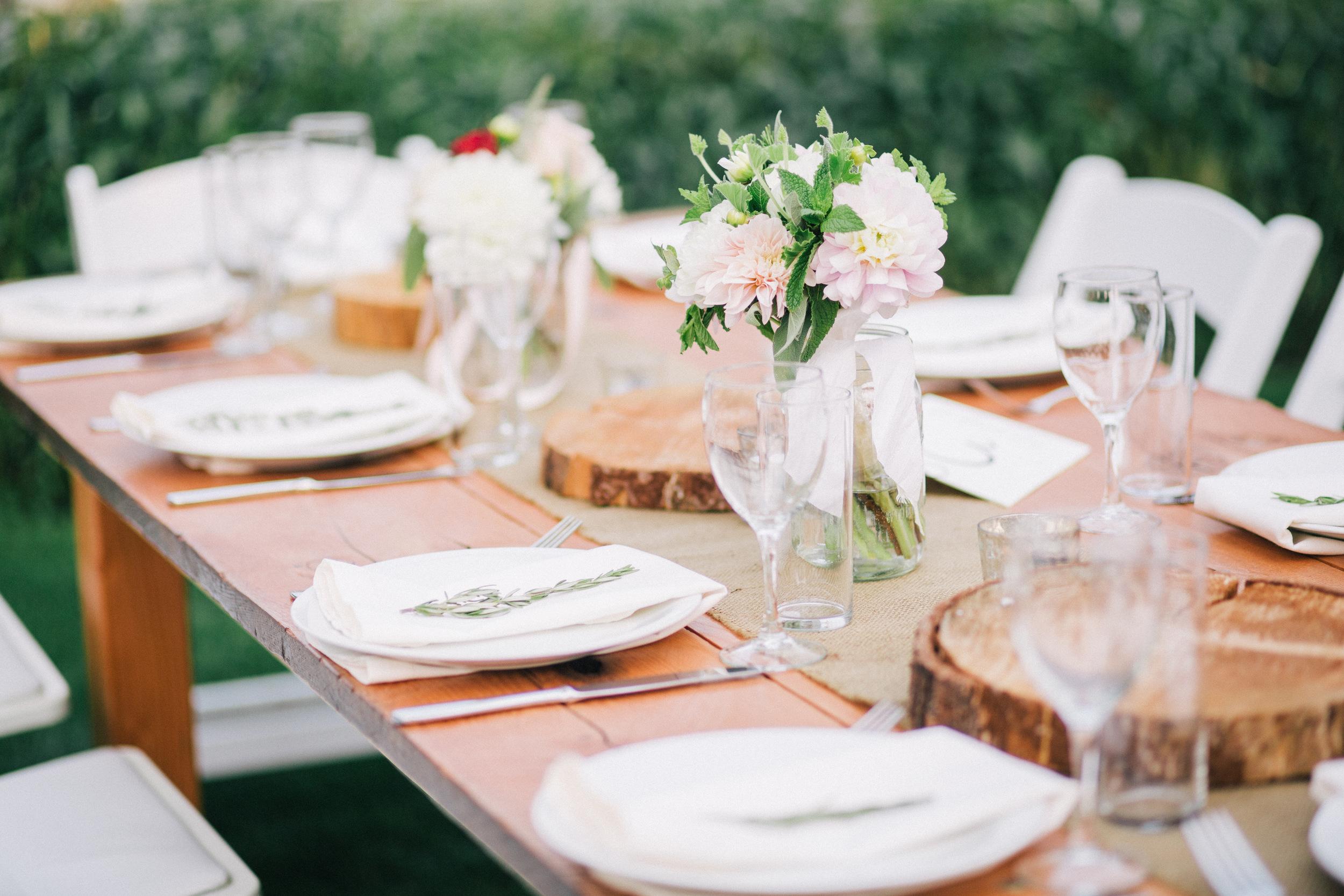 Bridalbliss.com | Columbia Gorge Wedding | Oregon Event Planning and Design | Jessica Watson Photography | Blum Floral