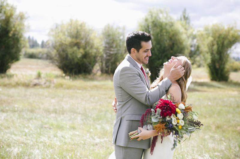 Bridalbliss.com | Black Butte Ranch Wedding | Central Oregon Event Planning and Design | Rebecca Madsen Photography | Zupans on Belmont Floral