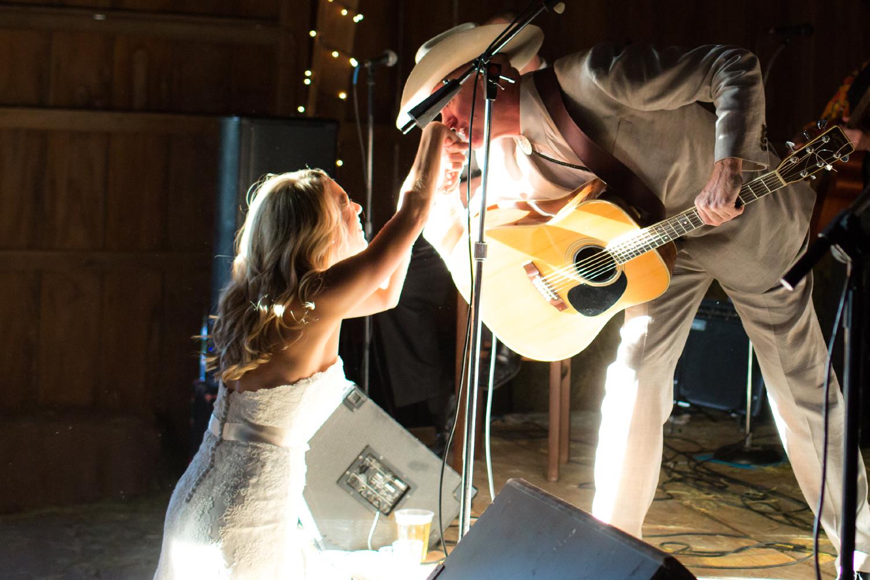 Bridalbliss.com | Portland Wedding | Oregon Event Planning and Design | Powers Studios | Artisan Cake Company