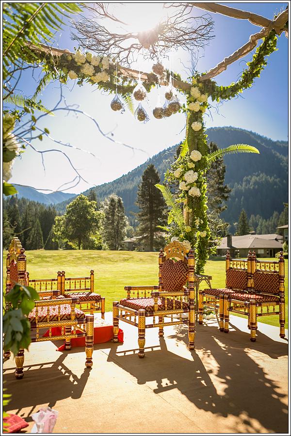 Bridalbliss.com | Portland Wedding | Oregon Event Planning and Design | Symbol Photography | Geranium Lake Floral