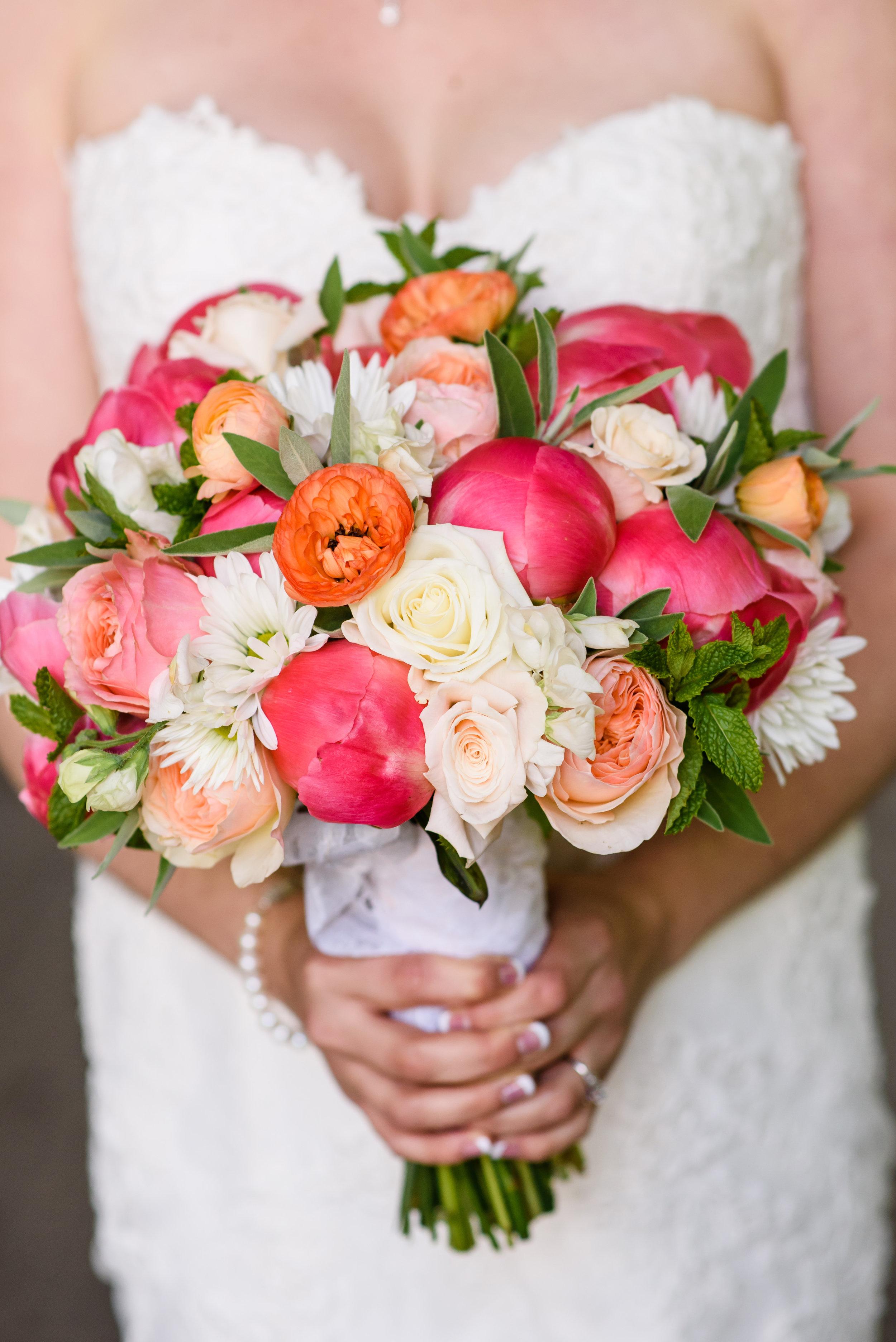 Bridalbliss.com | Mt. Hood Wedding | Oregon Event Planning and Design | Honeysuckle Photography