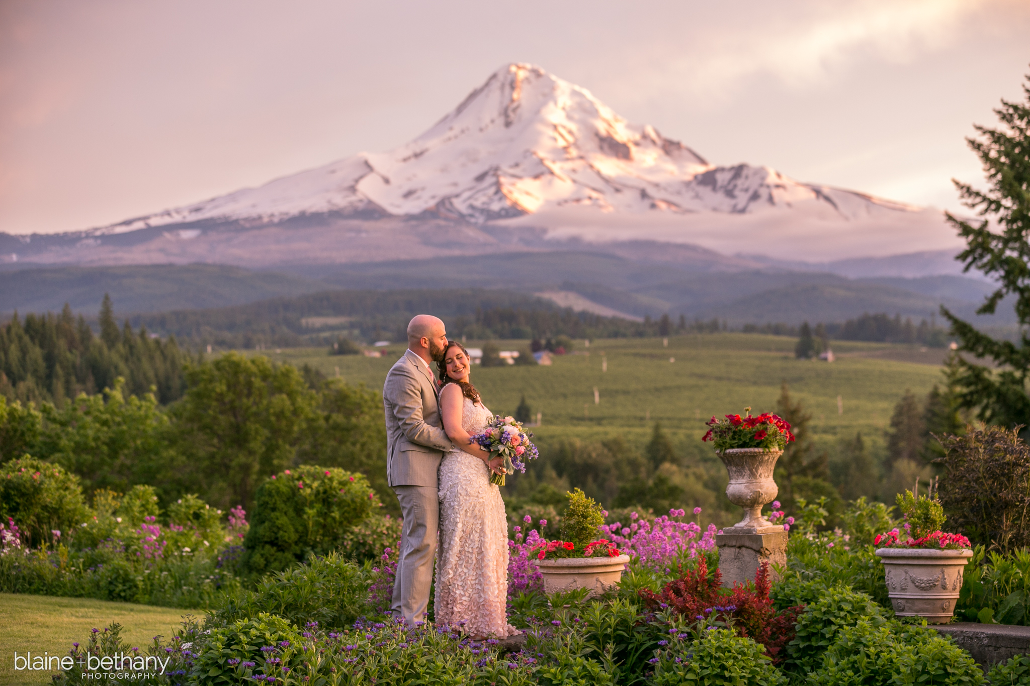 Bridalbliss.com   Portland Wedding   Oregon Event Planning and Design   Blaine & Bethany Photography