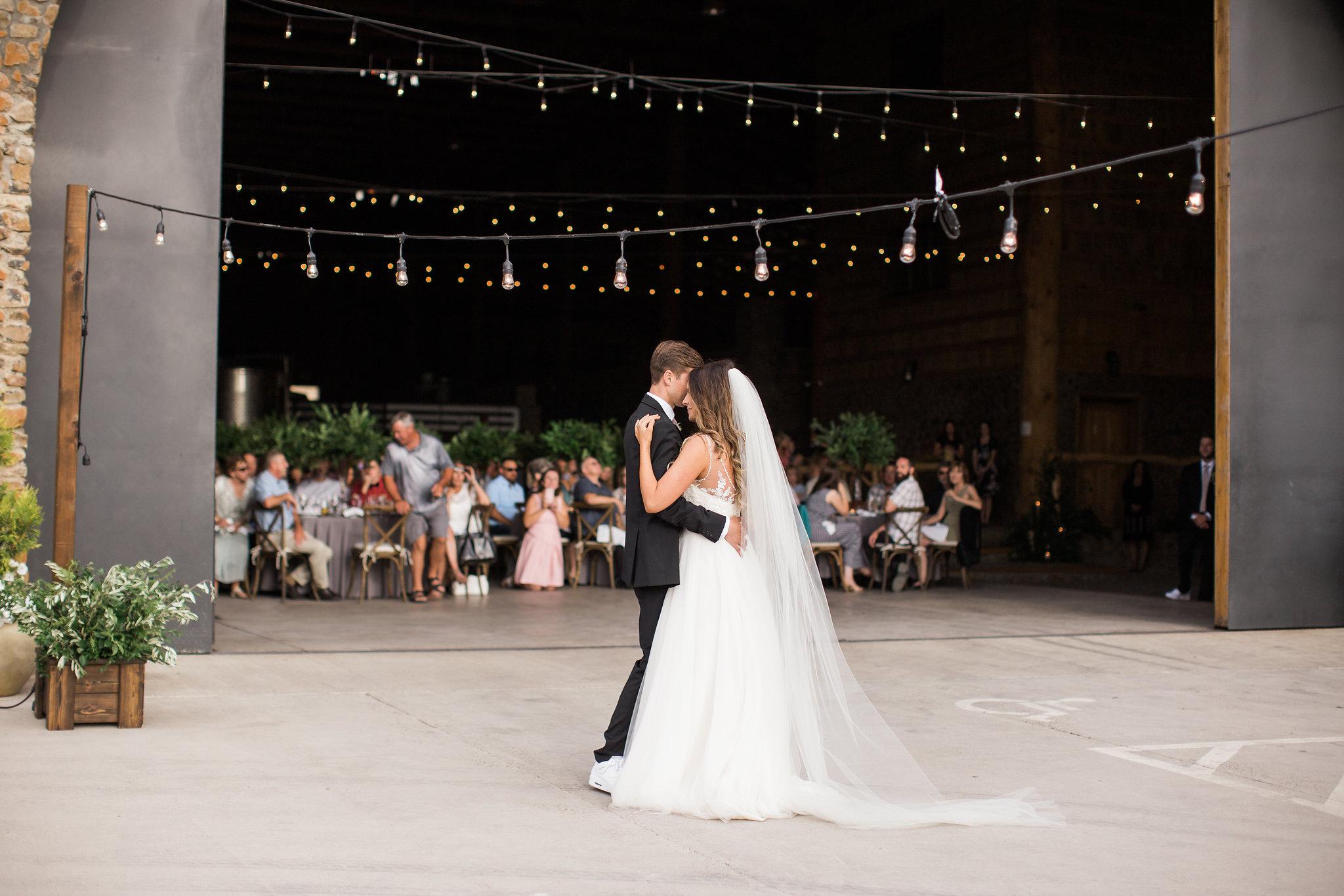 Bridalbliss.com   Portland Wedding   Oregon Event Planning and Design    Alexandra Grace Photography