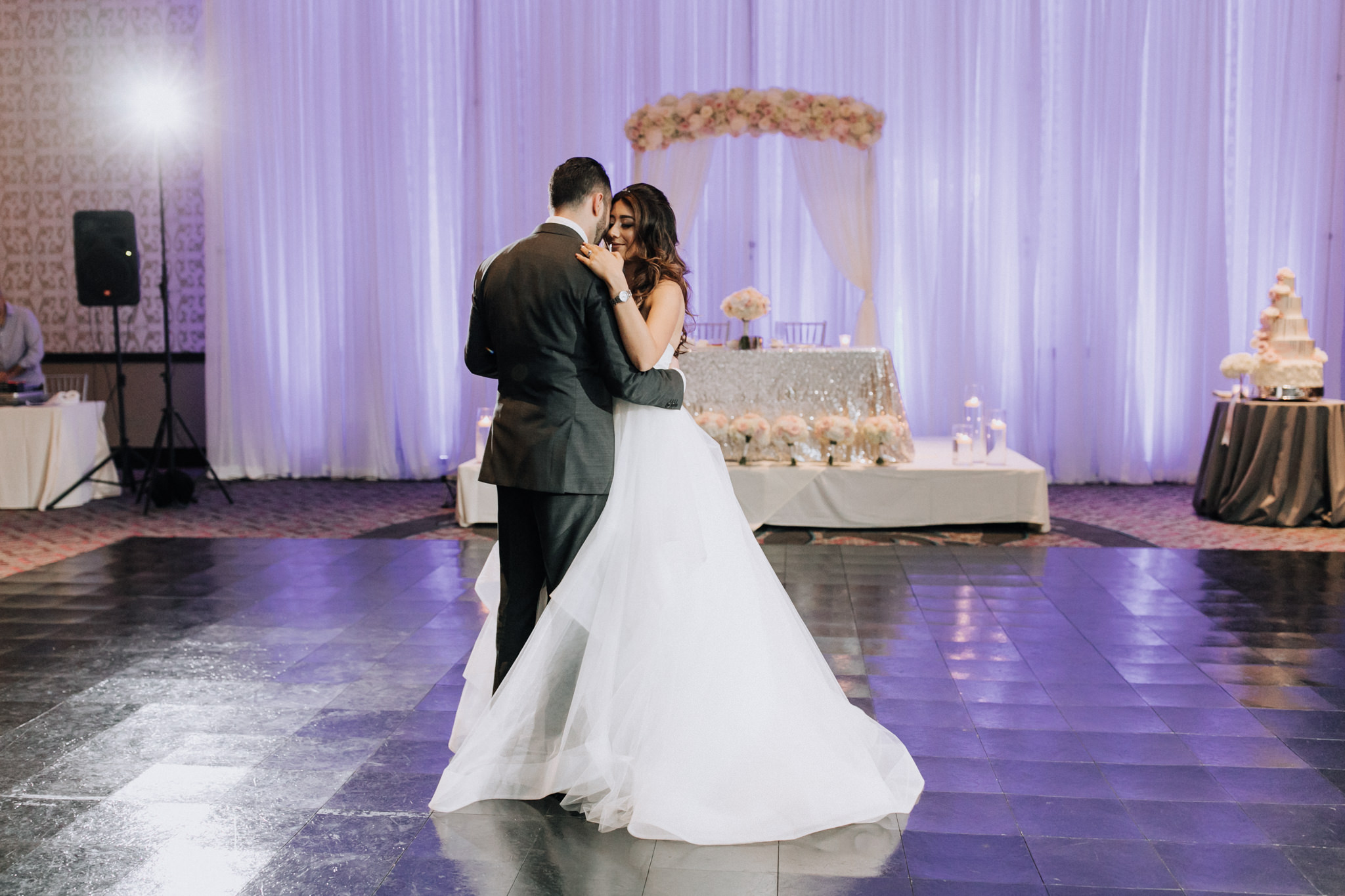 Bridalbliss.com | Portland Wedding | Oregon Event Planning and Design |  Russel Stafford Photography
