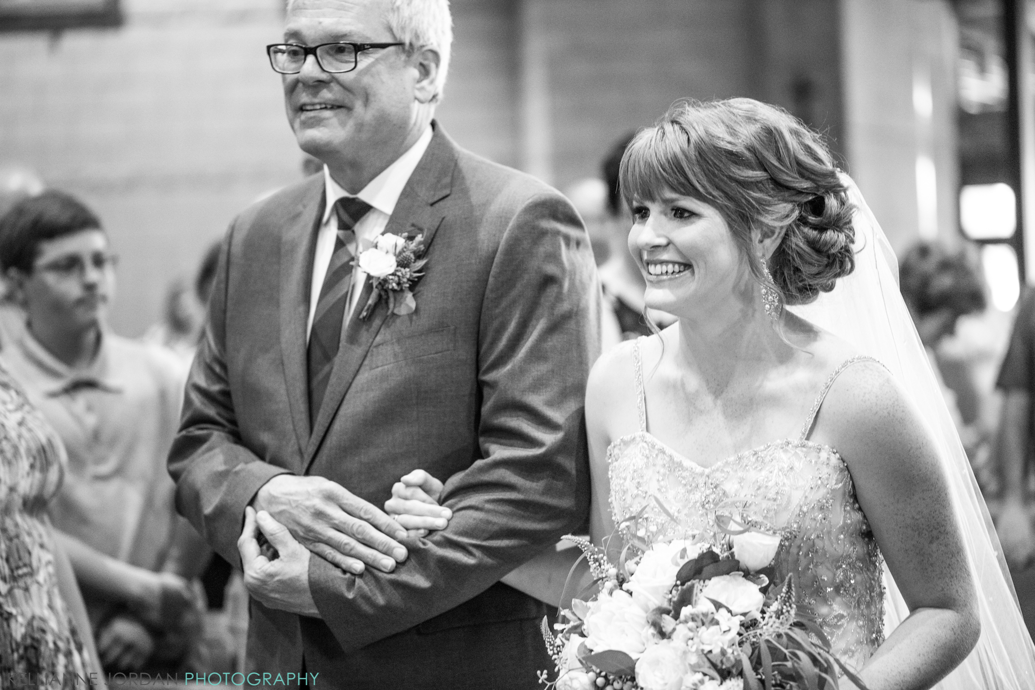 Bridalbliss.com   Bend Wedding   Oregon Event Planning and Design   Kelly Anne Photography