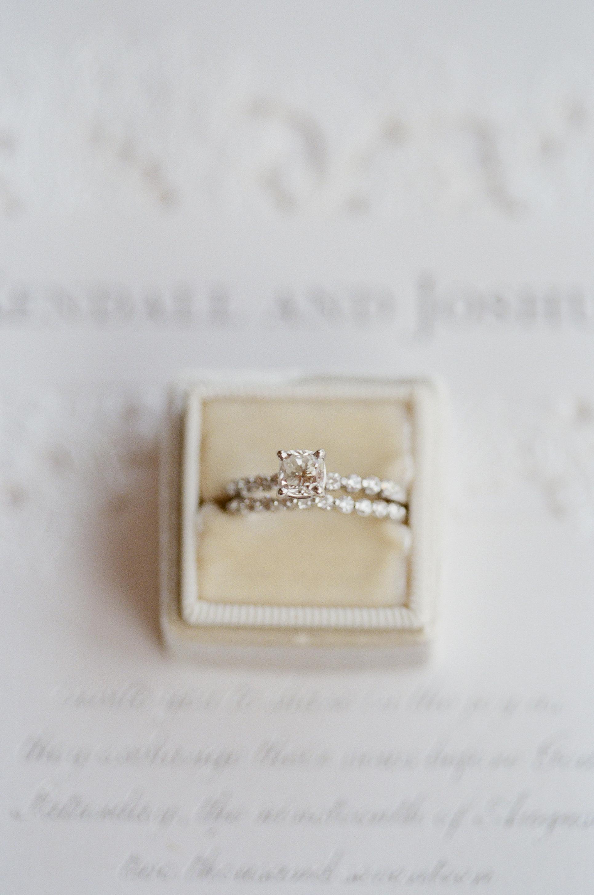 Bridalbliss.com   Portland Wedding   Oregon Event Planning and Design   Simply Splendid Photography