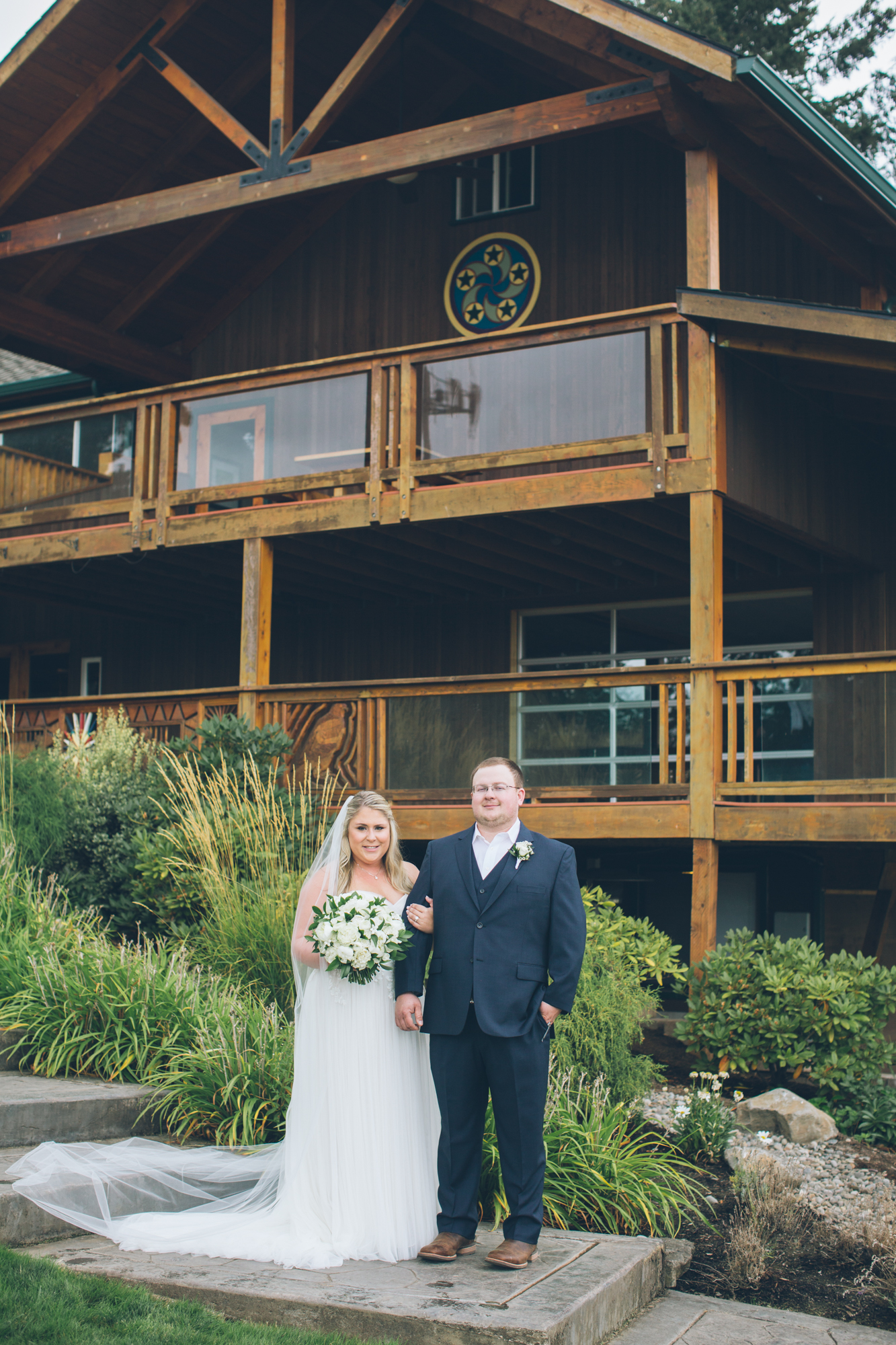 Bridalbliss.com | Portland Wedding | Oregon Event Planning and Design | Aniko Photography