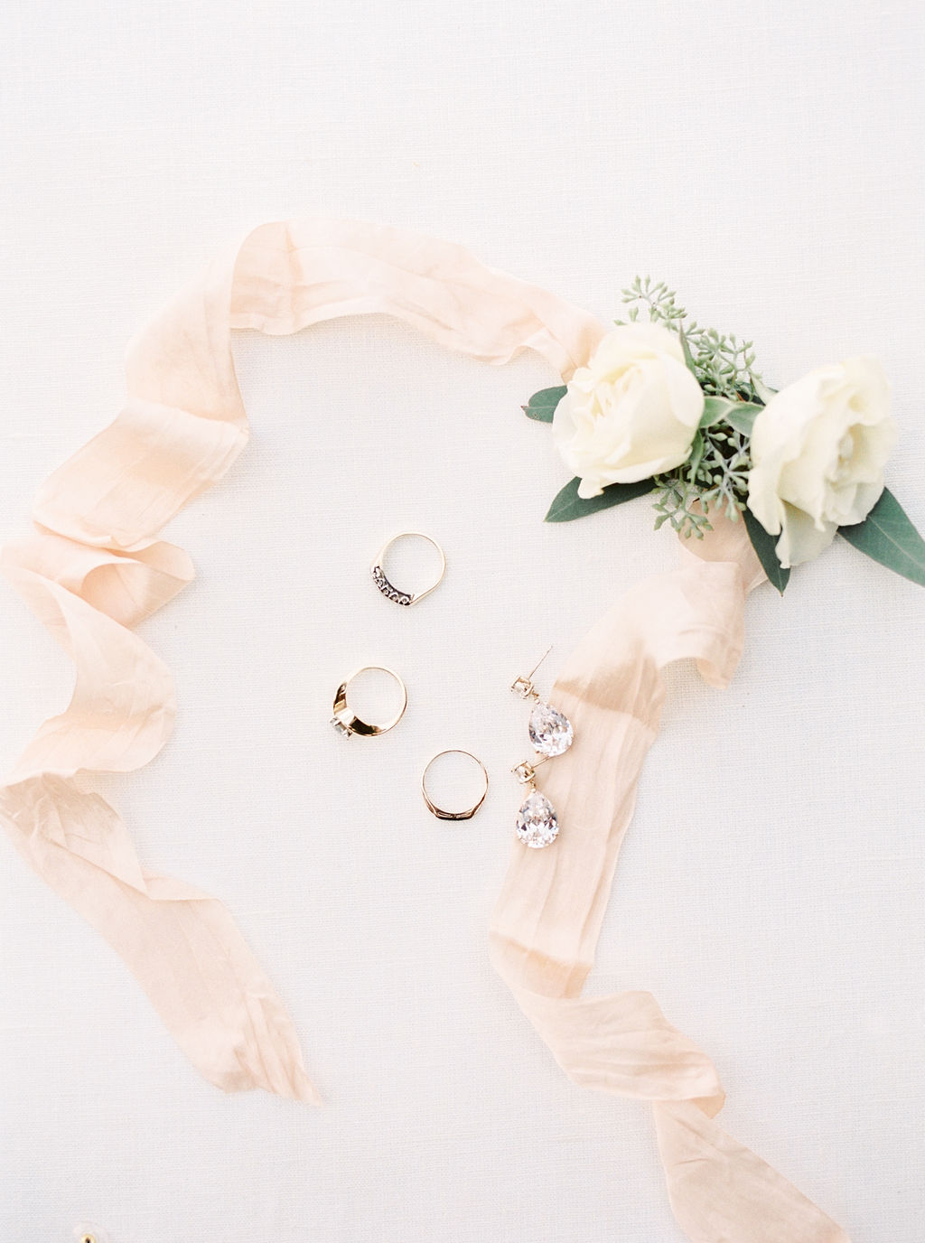 Bridalbliss.com | Columbia Gorge Wedding | Oregon Event Planning and Design | Amanda K Photography