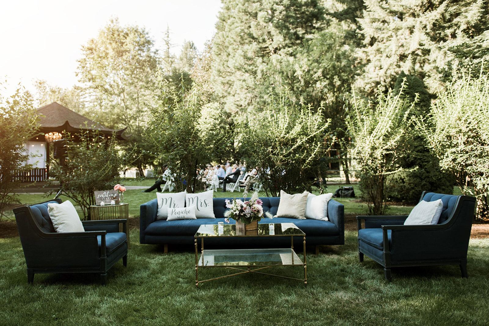 Bridalbliss.com   Portland Wedding   Oregon Event Planning and Design   Jessica Keavney Photography