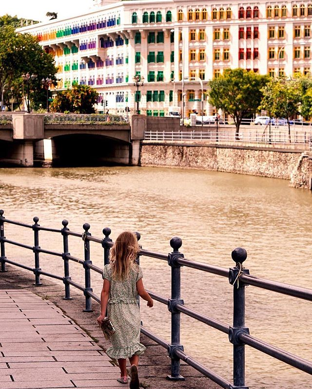 """Color! What a deep and mysterious language, the language of dreams."" ~ Paul Gauguin // @travelling_family's little one took a particularly dreamy walk along the Singapore River. ----  Tag your best #familytravel pictures with #familyjaunts for a chance to be featured.  #havekidswilltravel #kidstravel #familyholiday #showthemtheworld #familyadventure #littleexplorers  #welltravelledkids #instatravel #travelgram #exploreeverything #goadventure #getoutside #travelingfamily #familyadventure #showthemtheworld #littleandbrave #wanderlusting"