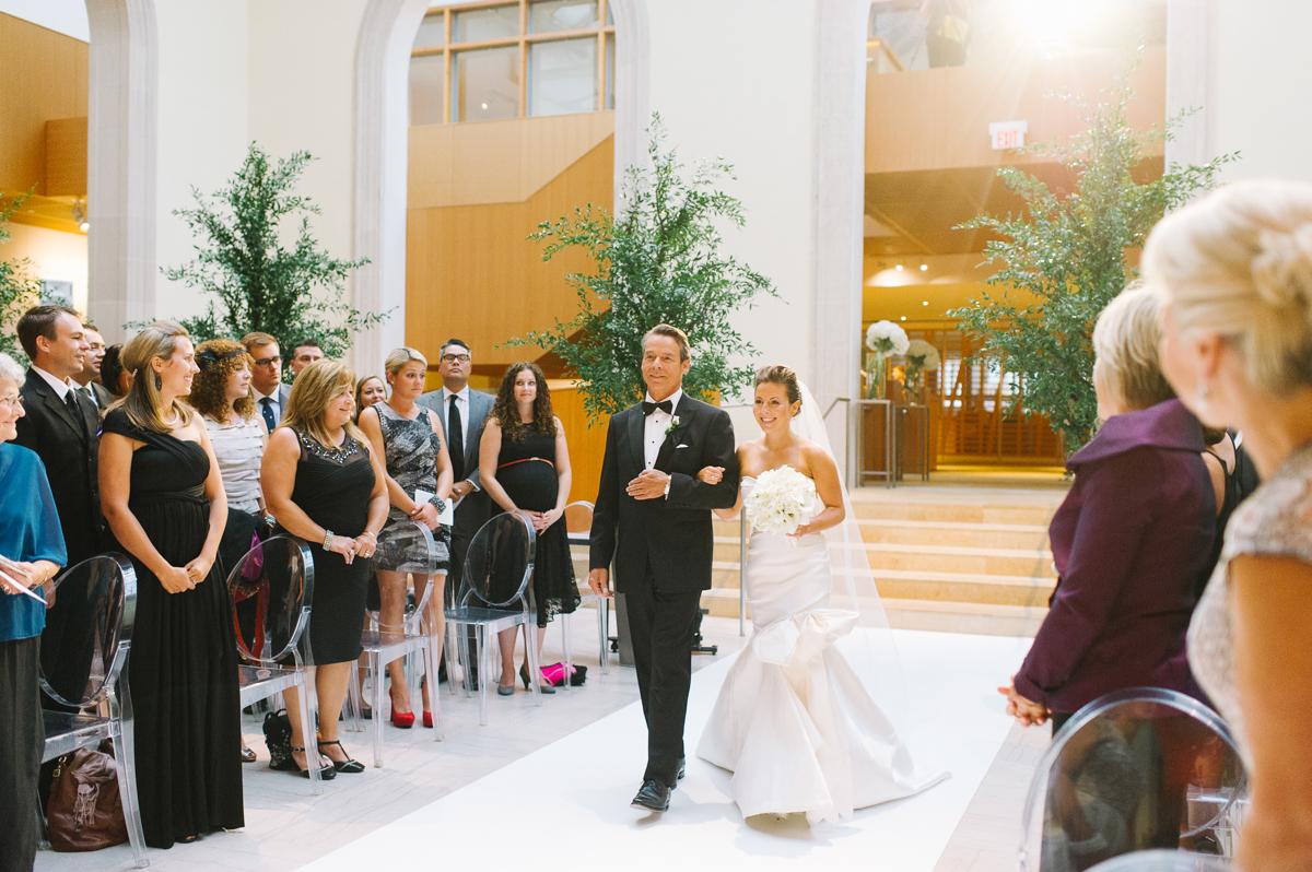 tara-mcmullen-photography-AGO-wedding-art-gallery-of-ontario-wedding-bliss-events-shealyn-bliss-events-wedding-planners-classic-toronto-wedding-katie-and-dustins-wedding-best-wedding-venues-in-toronto-039.jpg