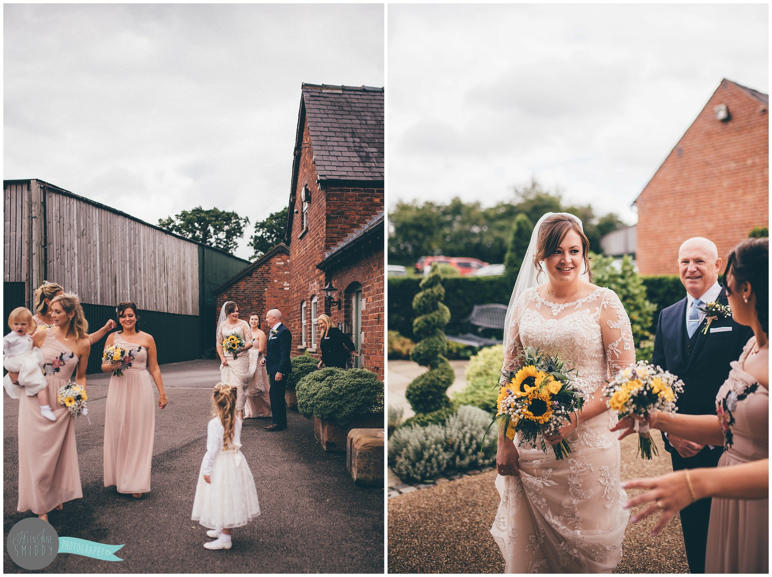 cheshire-cheshirewedding-cheshireweddingphotographer-cheshire-wedding-photographer-sandhole-oak-barn-sandholeoakbarn-wedding-photography-weddingphotography-bride-groom-brideandgroom-relaxed-rustic-wedding-sunflowers-bouncy-castle-DIY