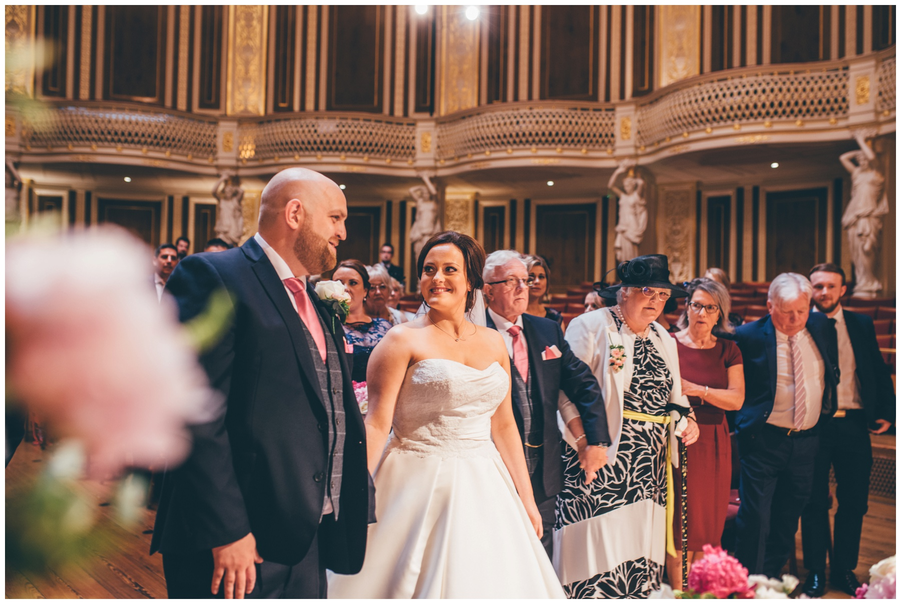 St Georges Hall wedding in Liverpool City Centre.