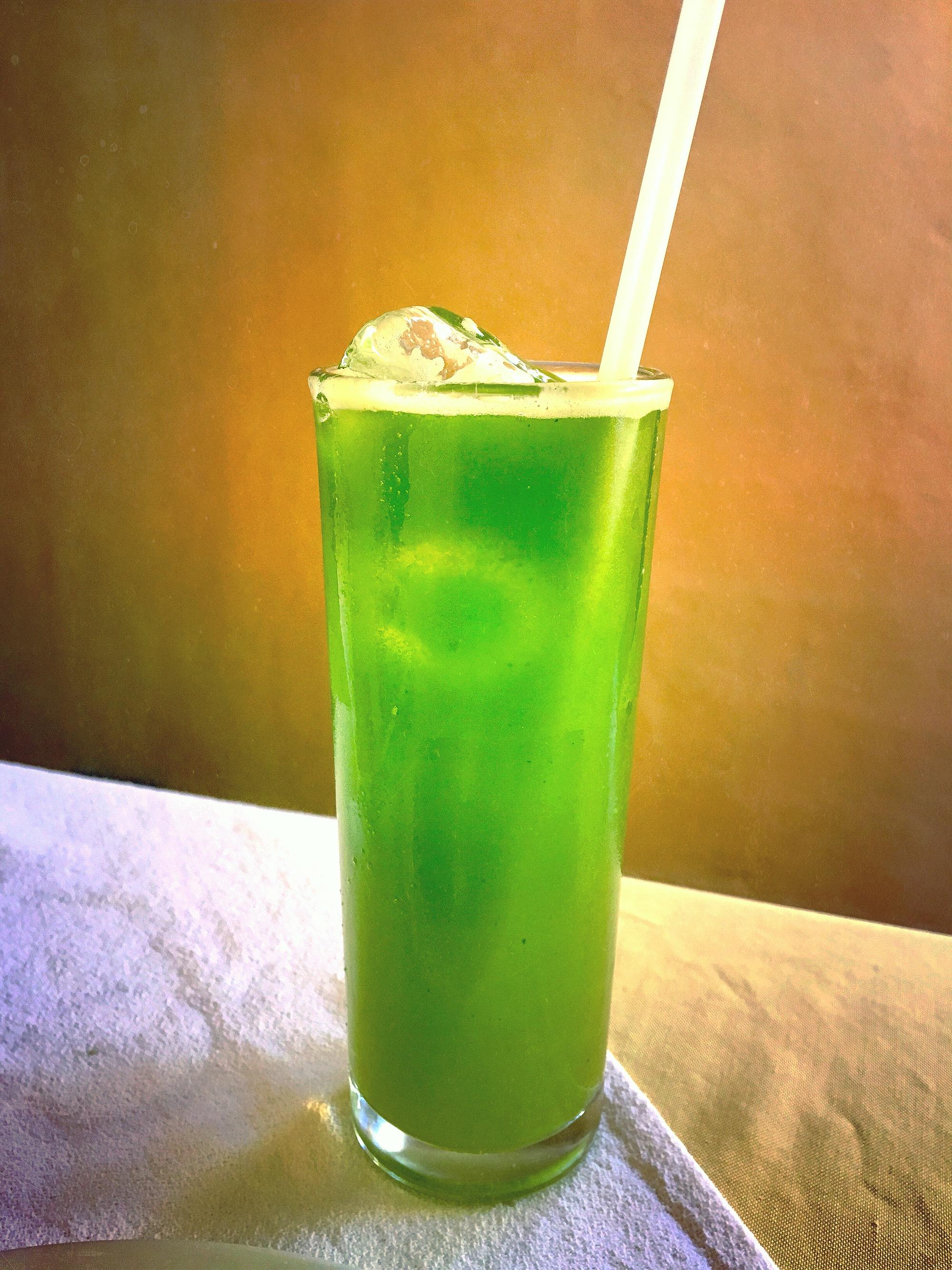 Jugo de Chaya (Chaya, Pineapple, and Orange Juice)
