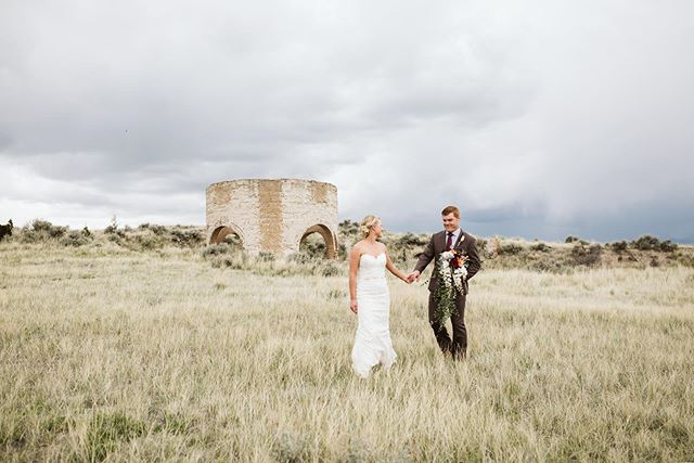 Moody skies and a just-married couple make for the most perfect photographs! I could not have had a better time with these two this past weekend! #forthewildones