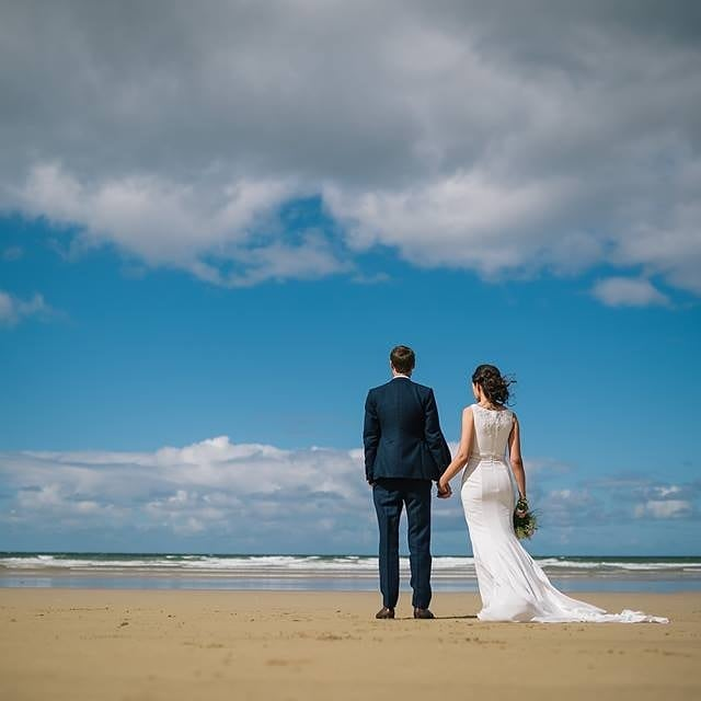 I love the photos taken of Catherine and Mark at Downhill Beach, before we headed to their wedding reception at @roeparkresort. Hit the link in the bio to get more details of their big day. #wedding #weddingday #roepark #roeparkresort #downhillbeach #limavady #mrandmrs #newlyweds #engaged #couple #weddingphotography #weddingphotographer #NI #NorthernIreland #Belfast