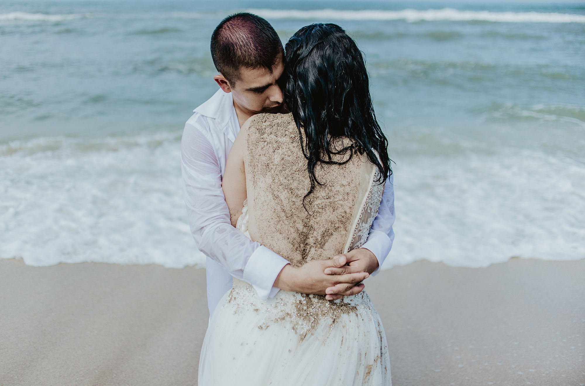 bibi y aldo trash the dress198.jpg