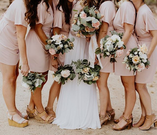 If you're a wedding professional I would loveeeeee to connect with you!! ✶ Have an upcoming styled shoot?! I'd love to be part of it! ✶ You're a florist & need a freelancer for the day? I'm you're girl. ✶ You want to have a working brunch & talk about your dreams and goals for the next quarter? I will be THERE for you. ✶ Shoot me a DM. Let's connect! ✶