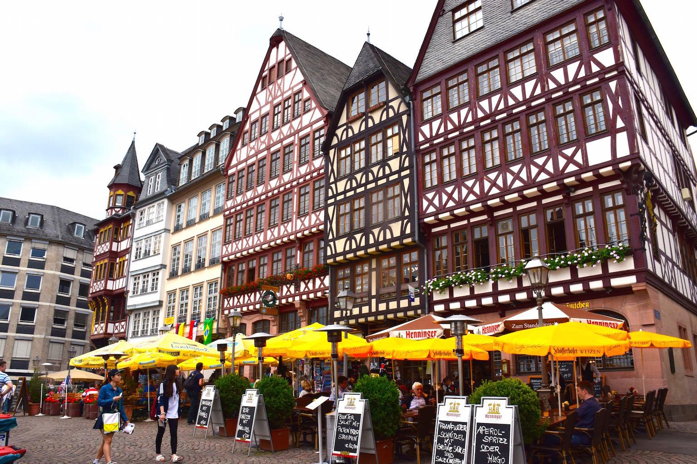 FrankfurtMain.jpg