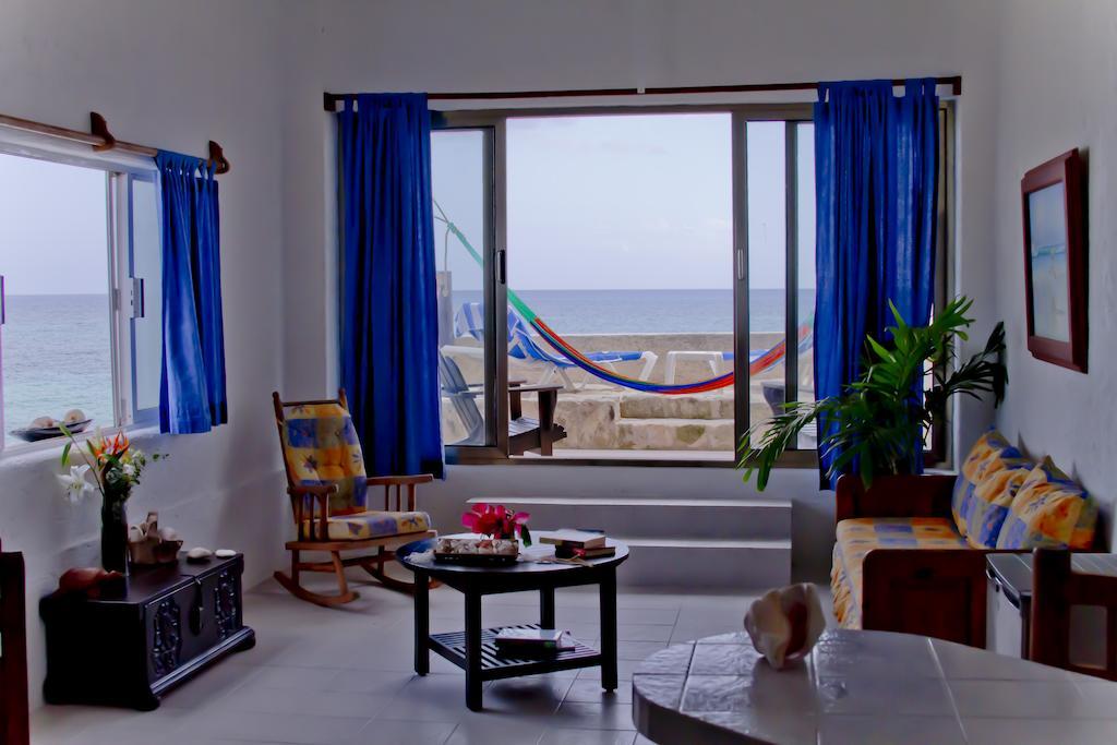 viantes-del-mar-room.jpg