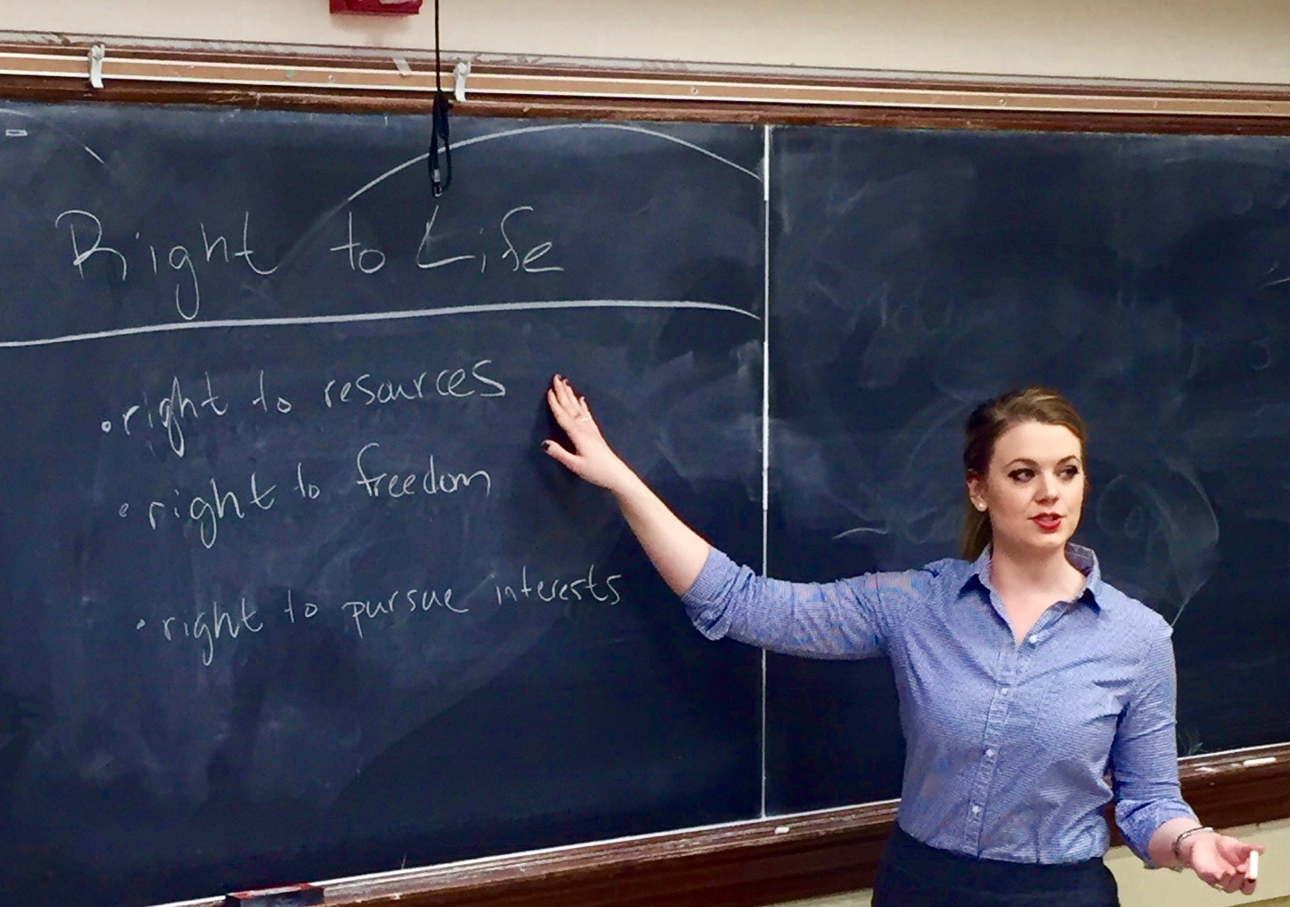 What does 'right to life' mean? We consider students' suggestions for discussion.