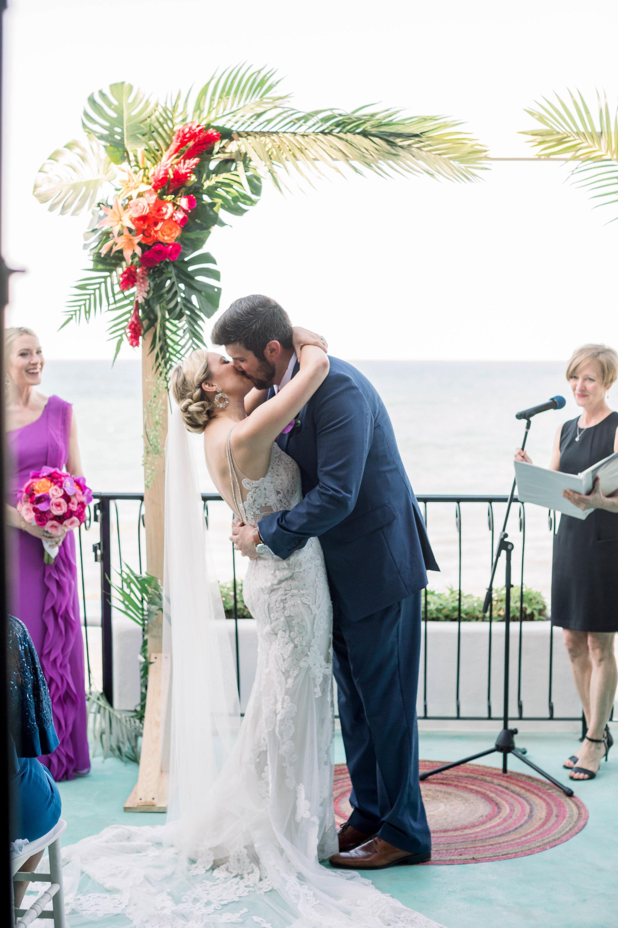 Teitiare estate sayulita wedding
