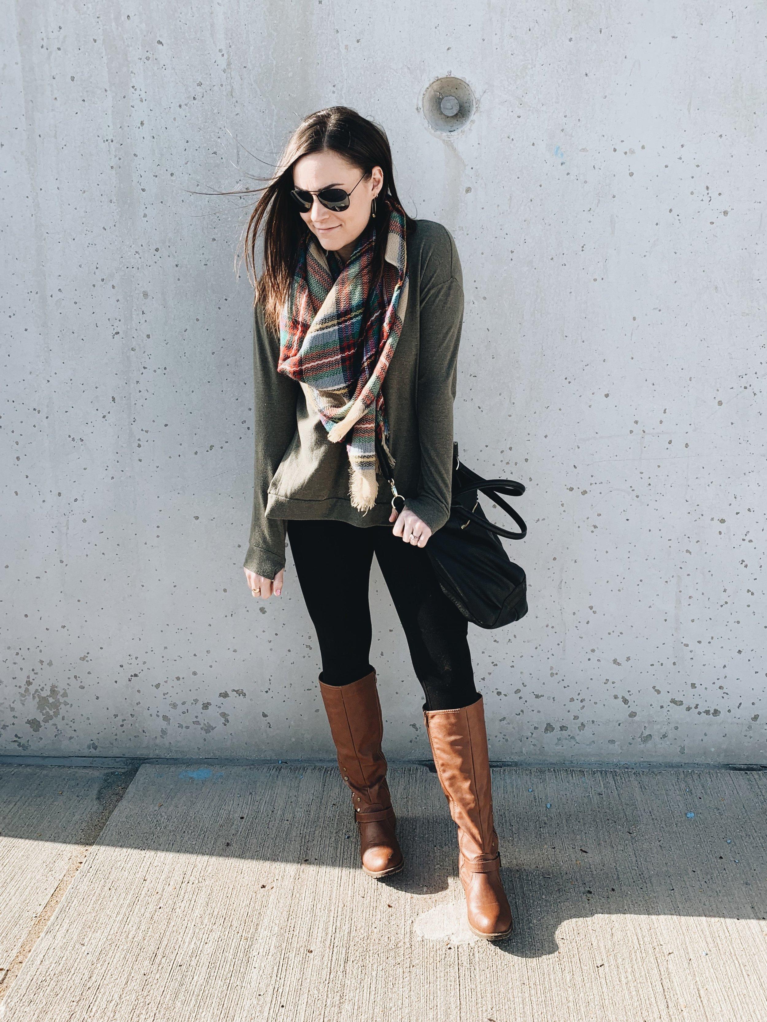 Laura Swan Sieckman Casual Style
