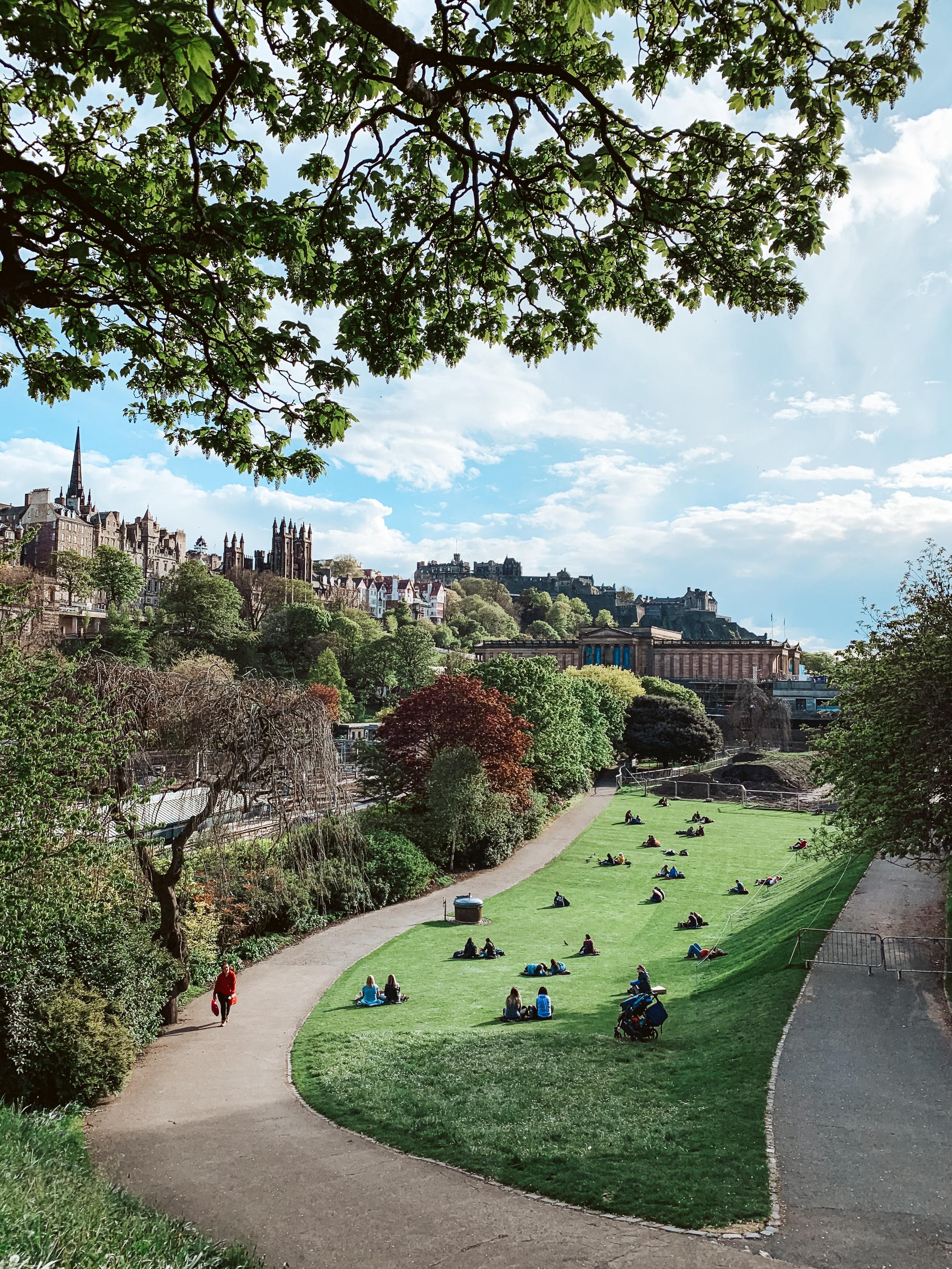 LSS Edinburgh Scotland Old Town Edinburgh Castle