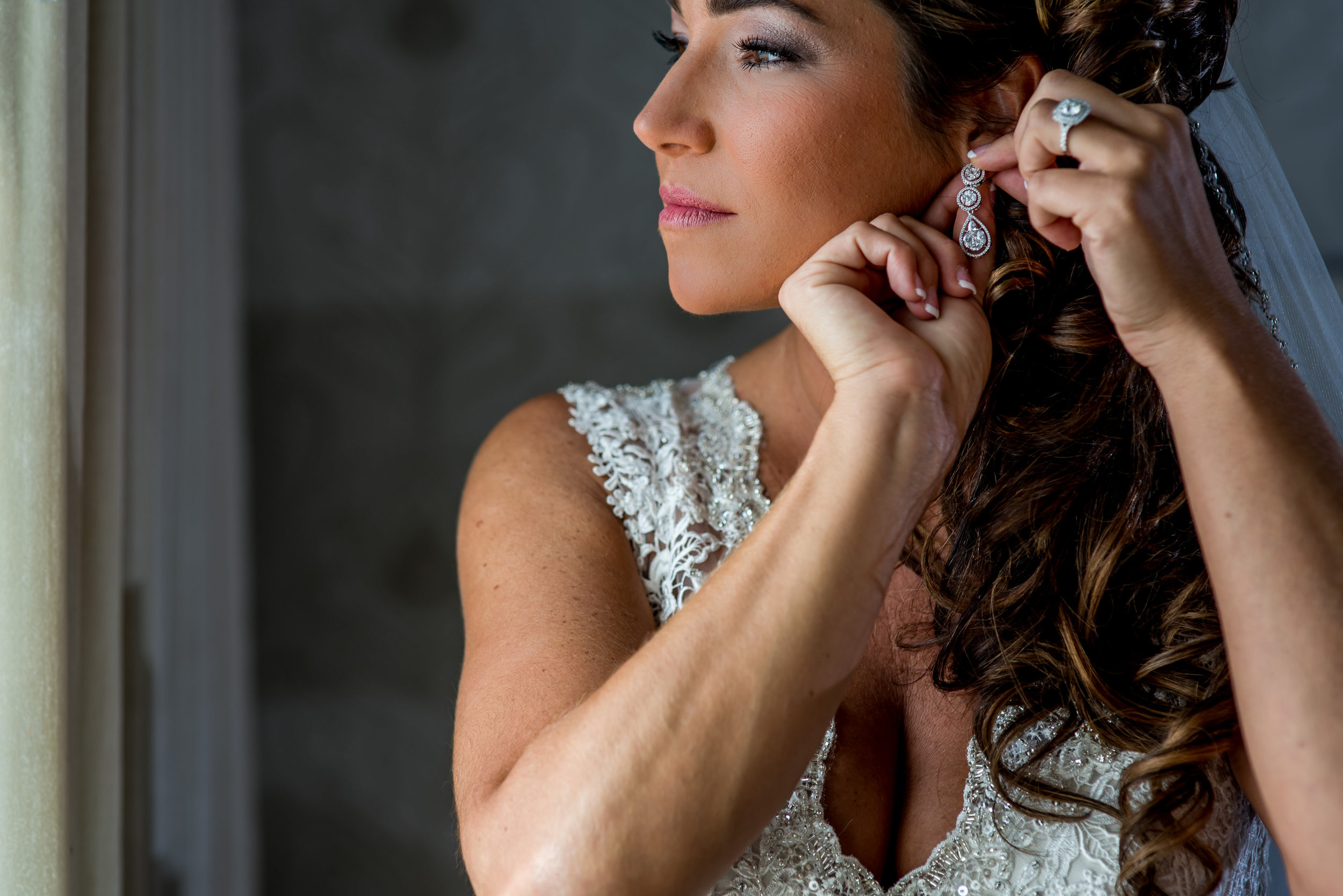 Rayanna Joe Wedding-Bride Prep-0027.jpg