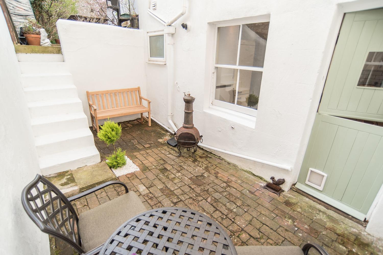 Revamping a patio garden for a house sale