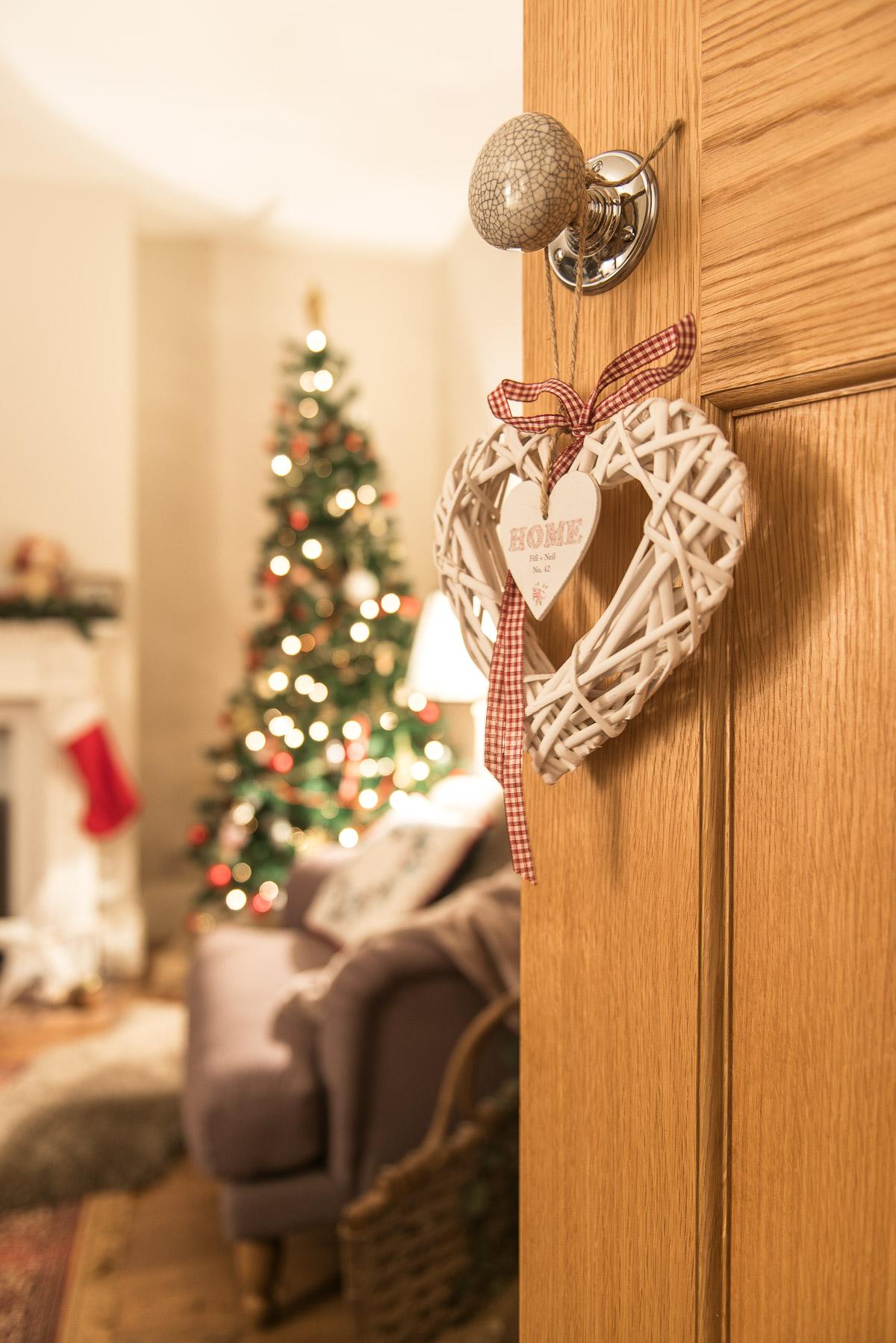 Wicker Christmas Heart