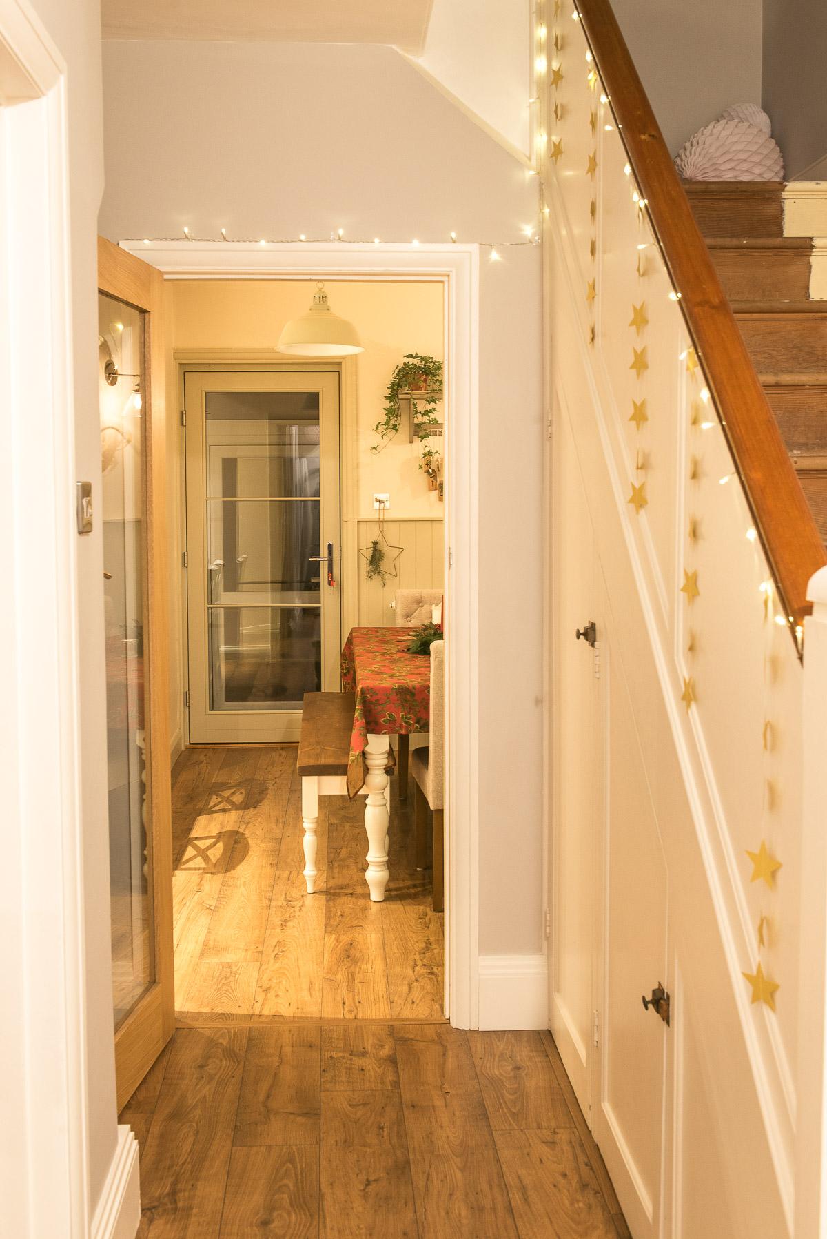 Christmas stair garland lights idea