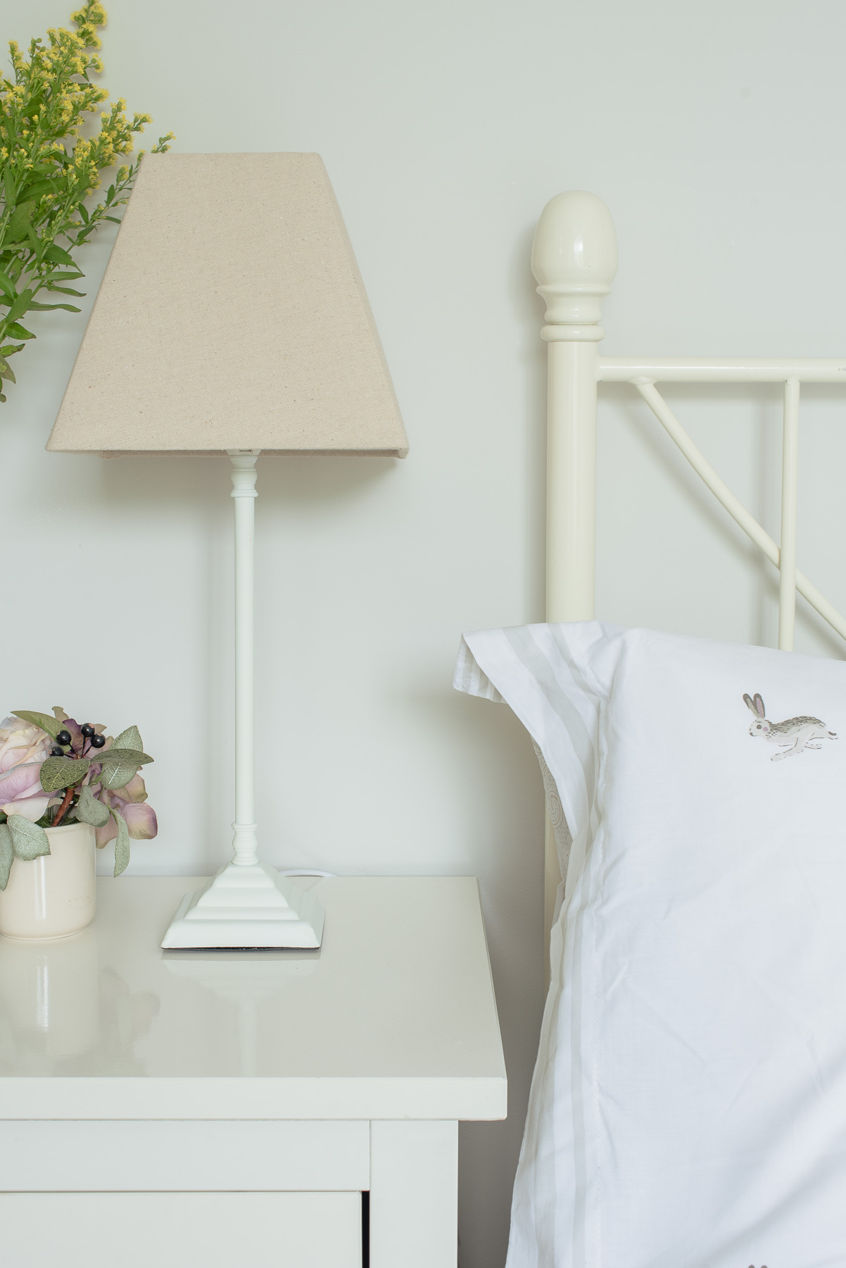 country look lamp guest bedroom