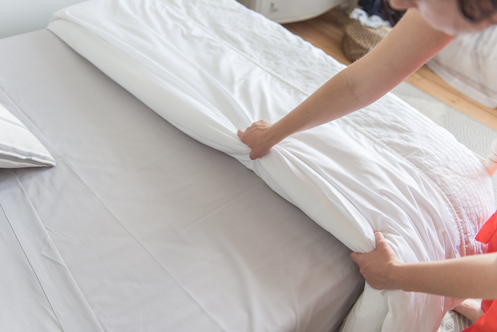 how to make a hotel bed and stay cool in summer