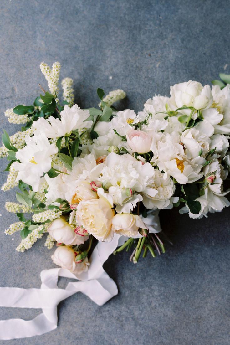 Photography:  Megan Wynn Photography  Florals:  3 Leaf Floral