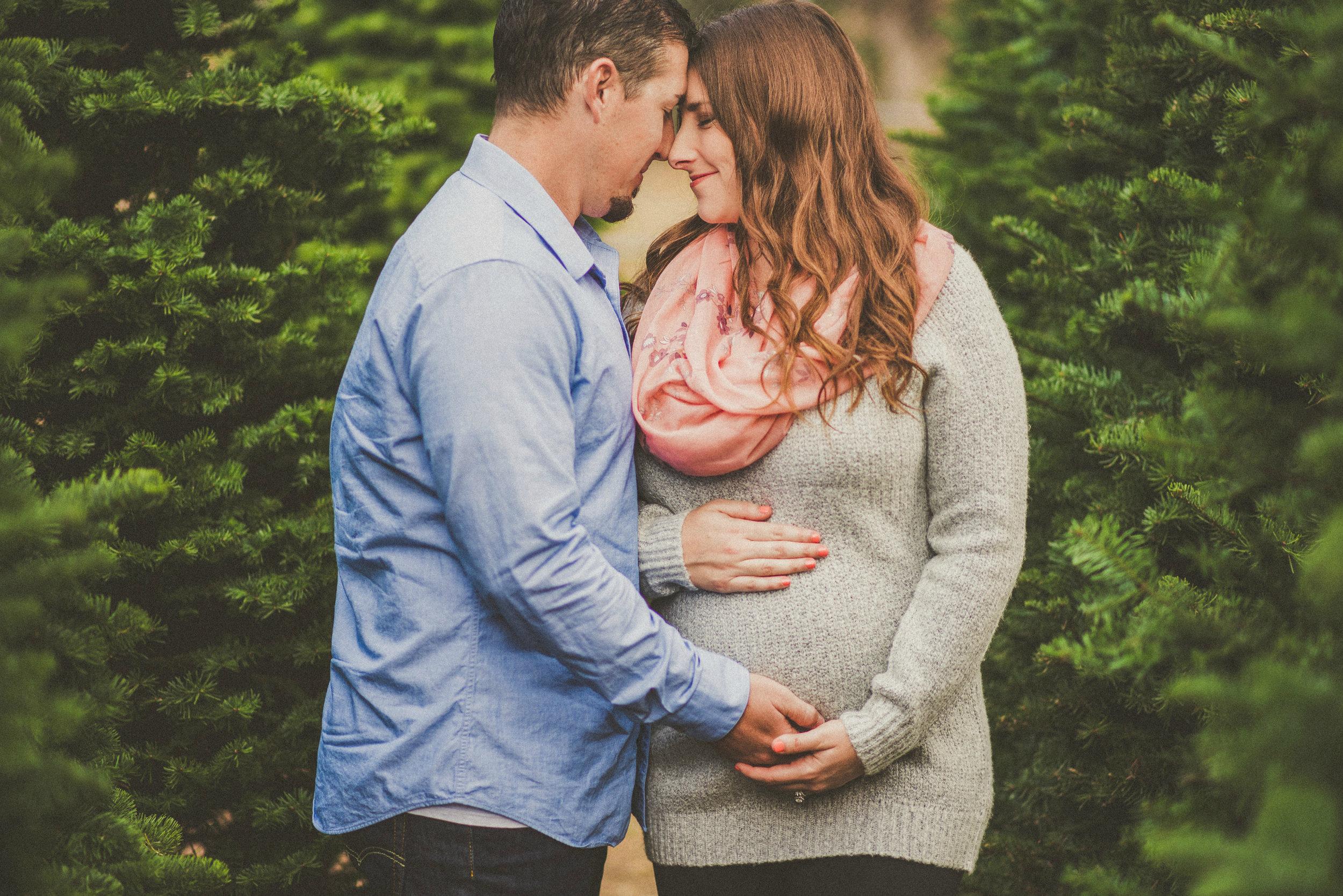 Harper Family-Maternity-3.jpg
