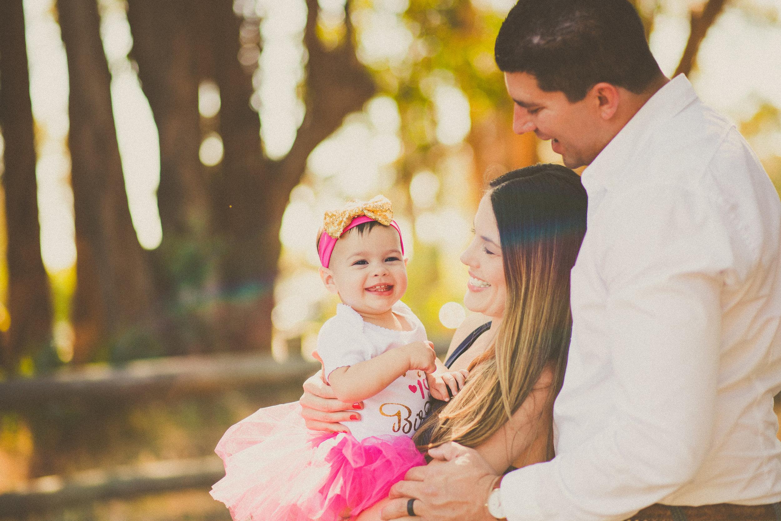 Holguin Family -- Reilynn's 1st Birthday-5.jpg