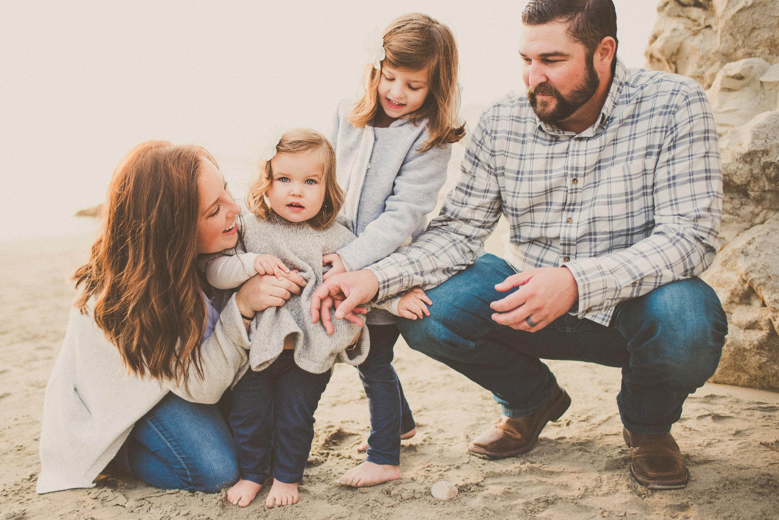 2018 Avila Beach Family Portraits-28.jpg
