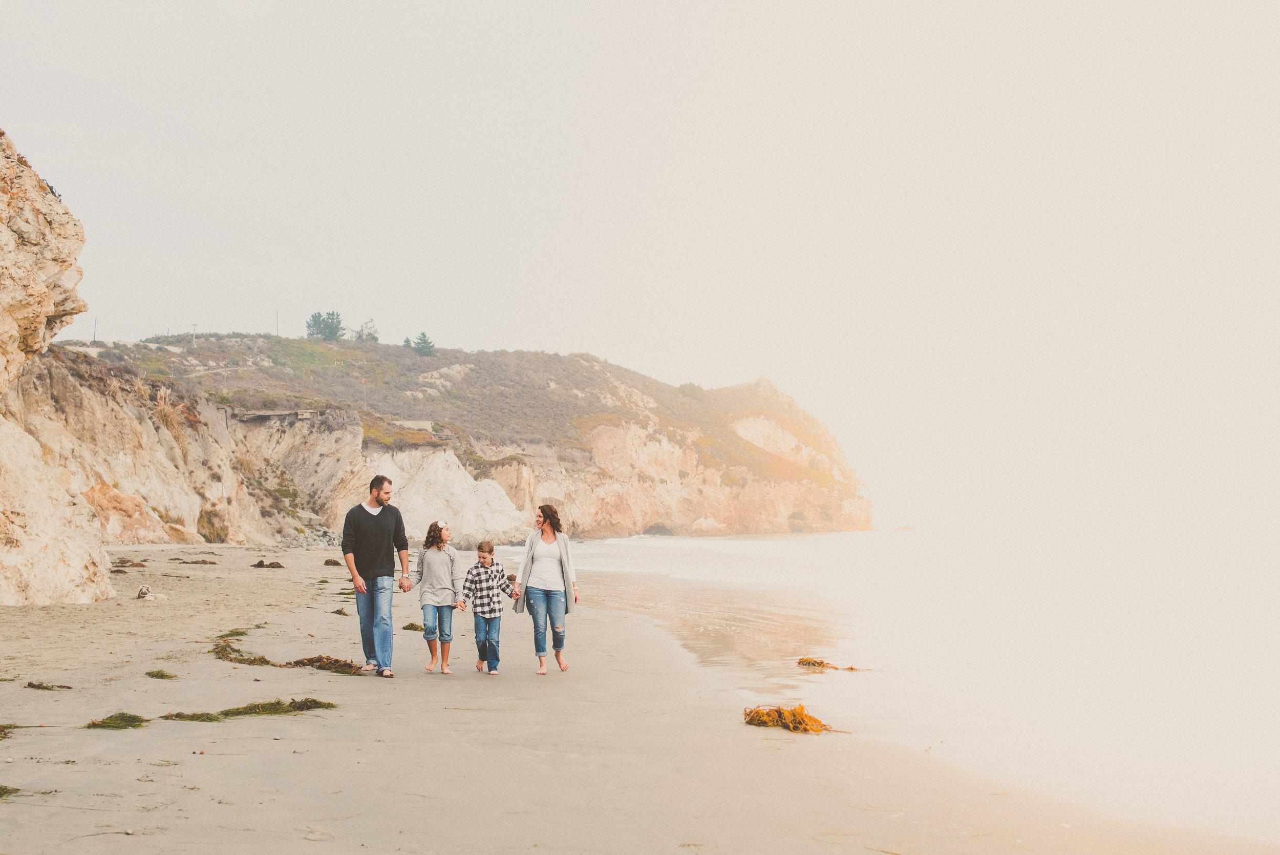 2018 Avila Beach Family Portraits-49.jpg