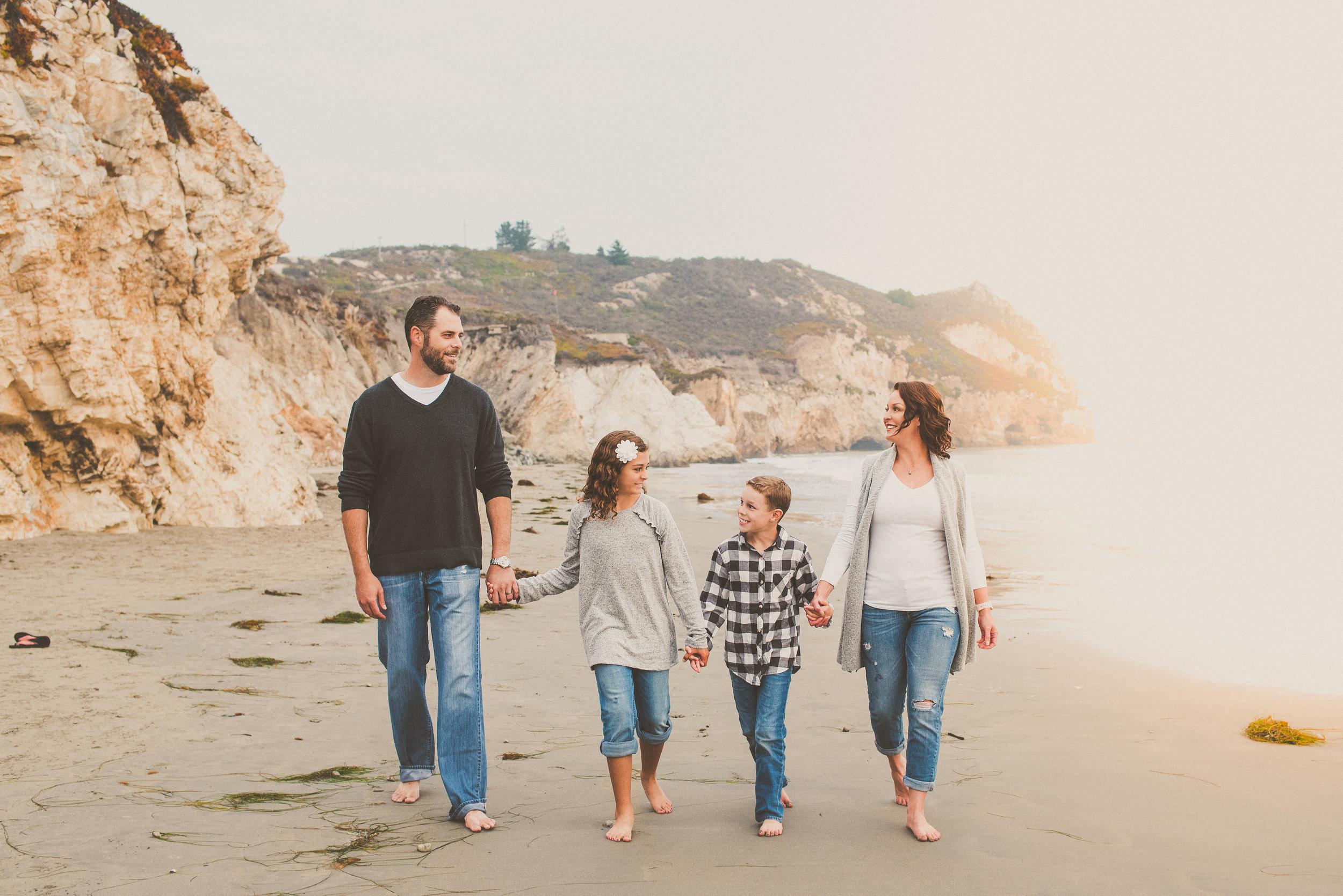2018 Avila Beach Family Portraits-50.jpg