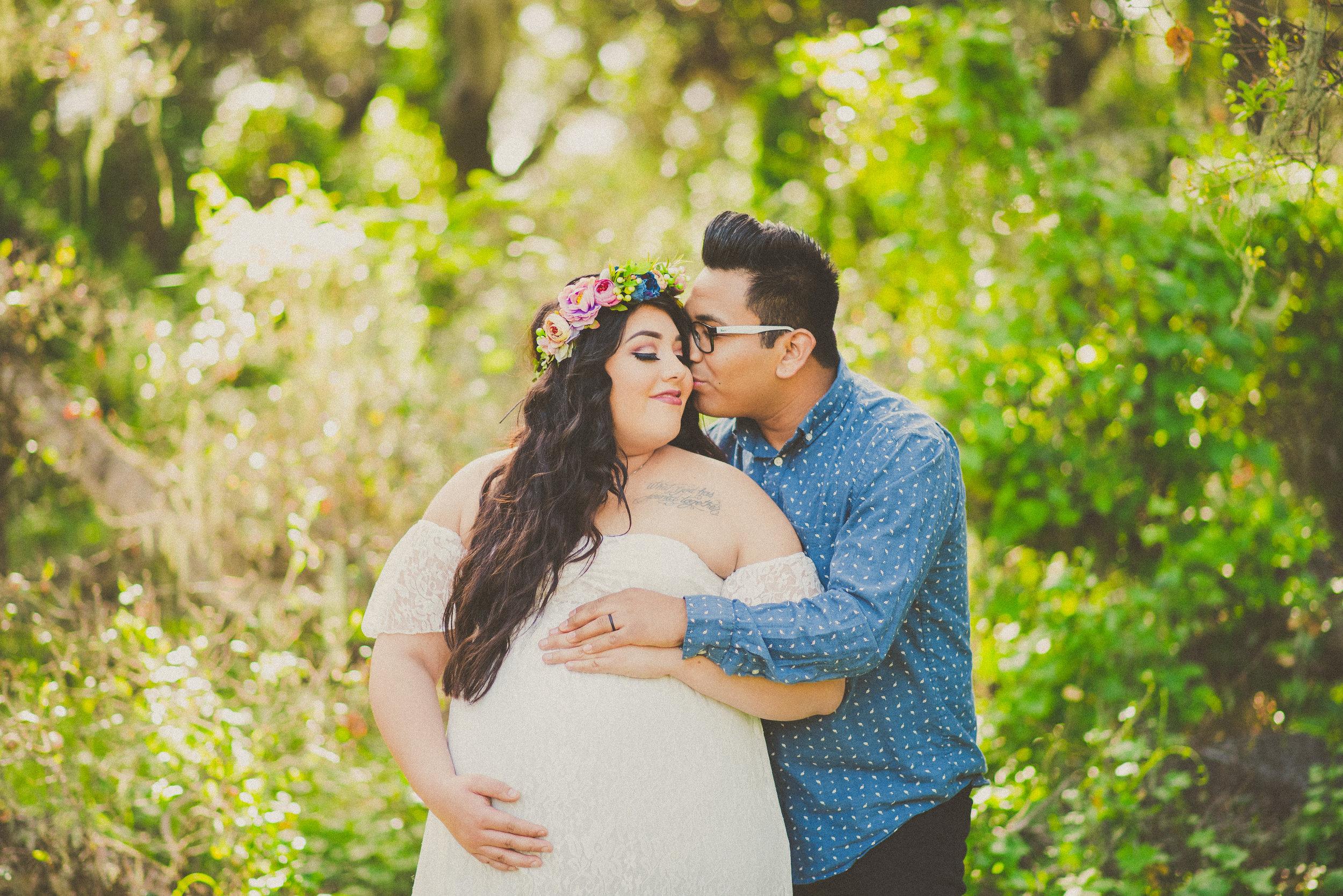 Cassie & Josh - Maternity-3.jpg