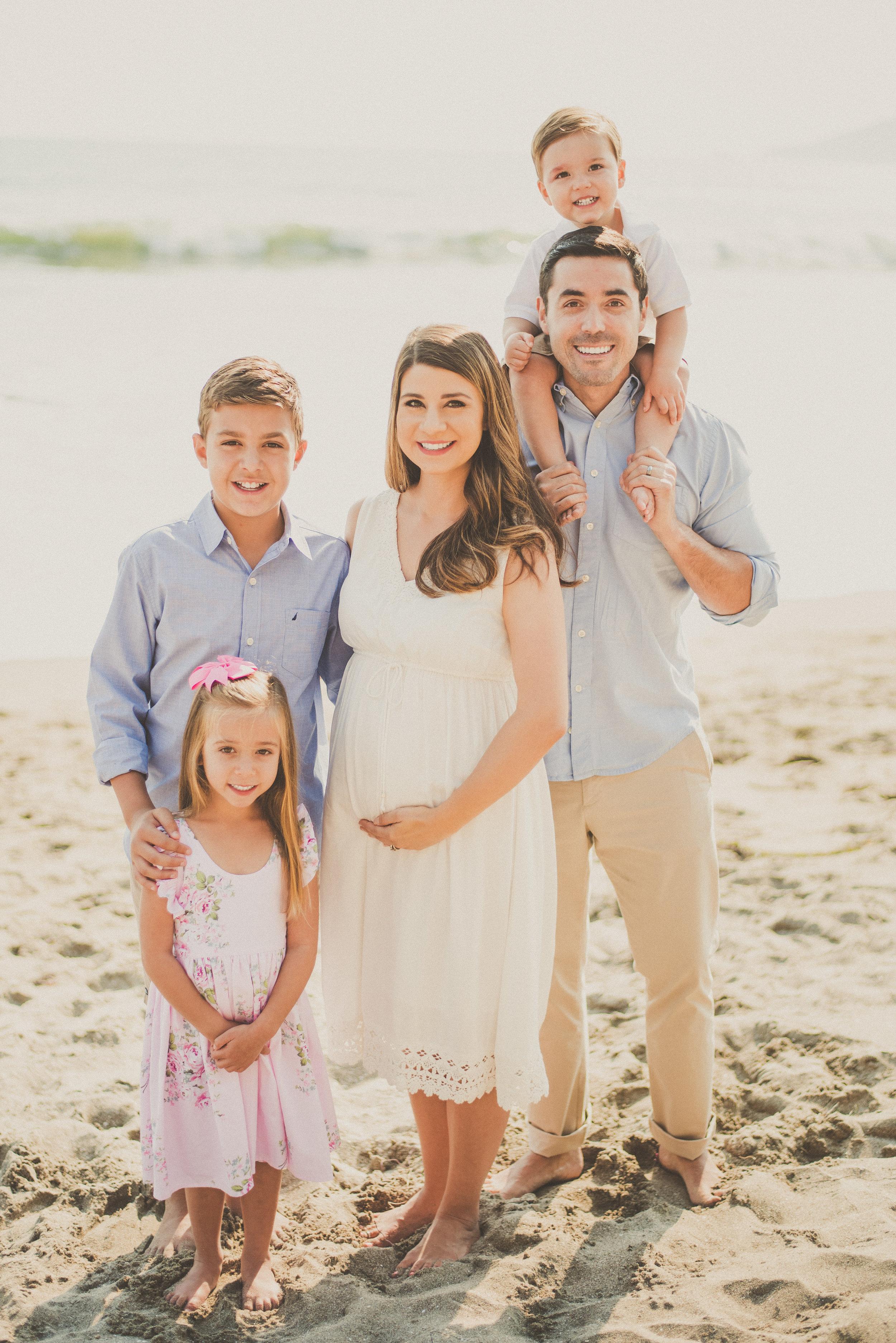 Olivares Family 2017-1.jpg