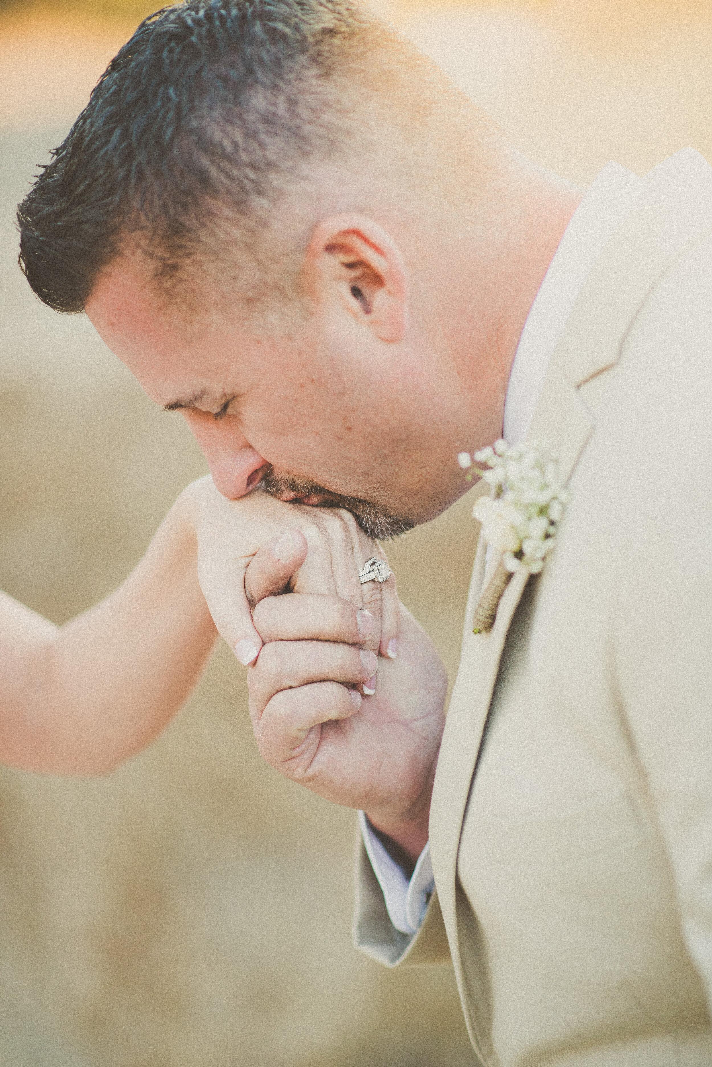 Roberts Wedding - Bride & Groom Portraits-28.jpg